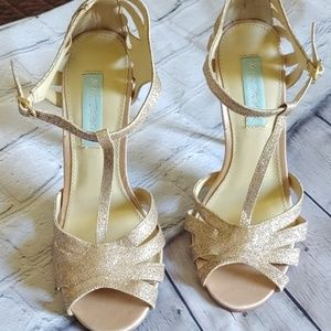 Betsy Johnson Gold Sparkle Shoes